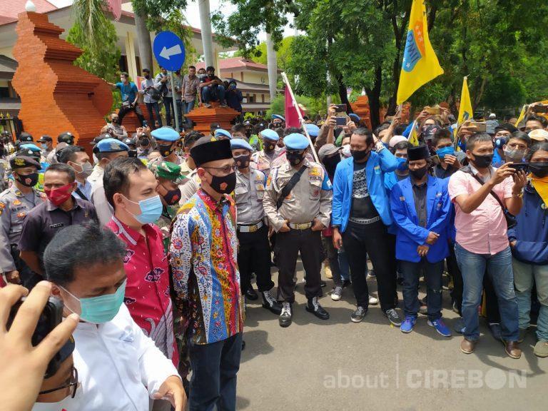 Pemerintah dan DPRD Kabupaten Cirebon Mendukung Penolakan UU Omnibus Law