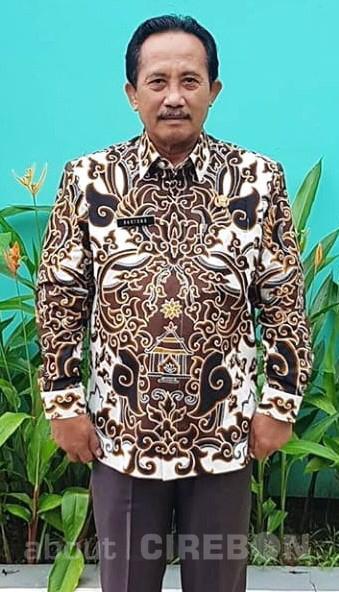 Batik Mande Praja Caruban sebagai Pakaian Dinas Harian di Lingkungan Pemkab Cirebon