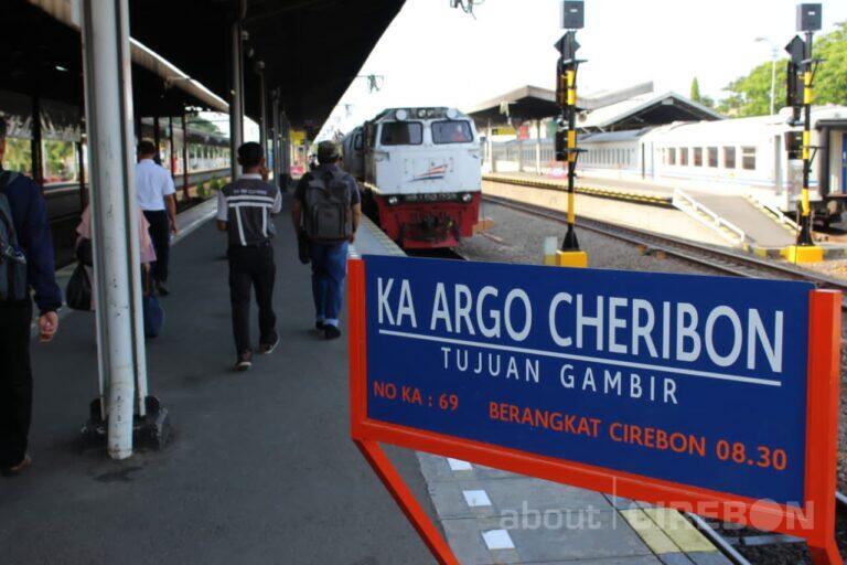 1 November 2020, Daop 3 Cirebon Operasikan KA Argo Cheribon