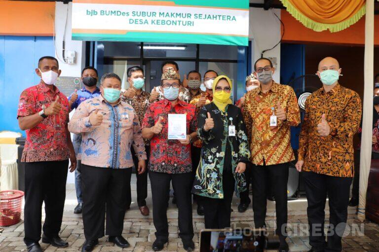 Empat Desa di Kabupaten Cirebon Dapat Bantuan BUMDES Mart