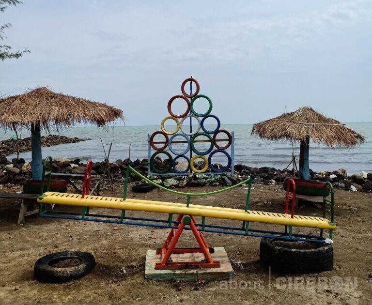 Hijaukan Kawasan Pesisir Balongan, Pertamina Kembangkan Desa Wisata Pantai Tirta Ayu