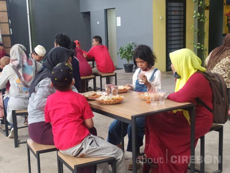 Di Tengah Pandemi, Himas Coffee & Eatery dan Ciprek Hadirkan Program Berbagi Kasih