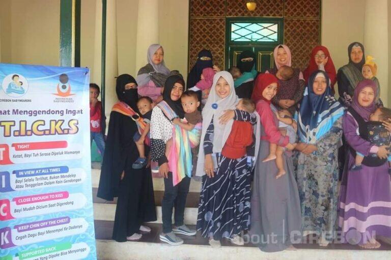 Belajar Ilmu Menggendong Bersama Cirebon Babywearers