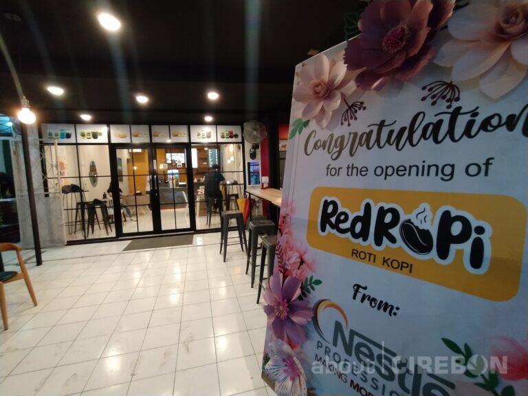 Red Ropi Tempat Nongkrong Baru di Cirebon dengan Harga Terjangkau