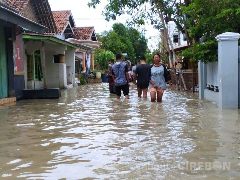 Bupati Cirebon Tetapkan Tanggap Darurat Banjir