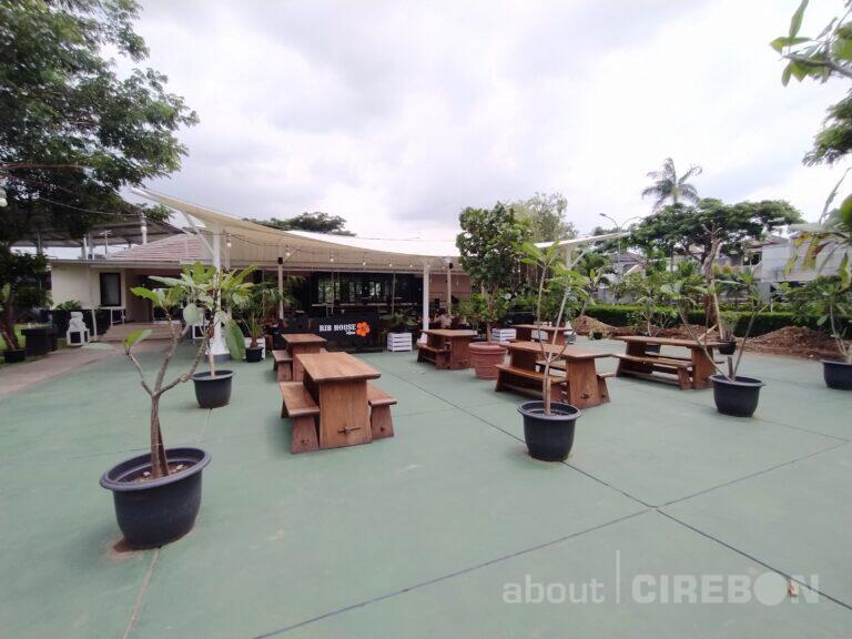 Pindah Lokasi, Rib House dan Lanai Coffee & Patisserie Tawarkan Suasana Baru