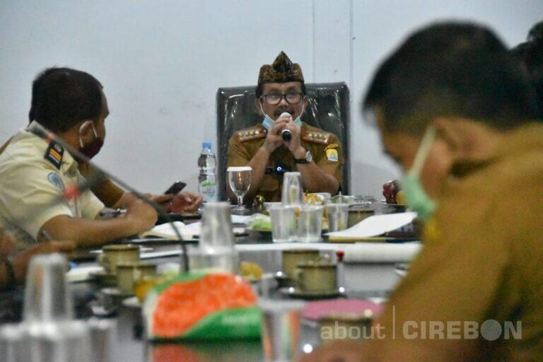 Inilah Respon Bupati Cirebon Terkait Jalan Rusak