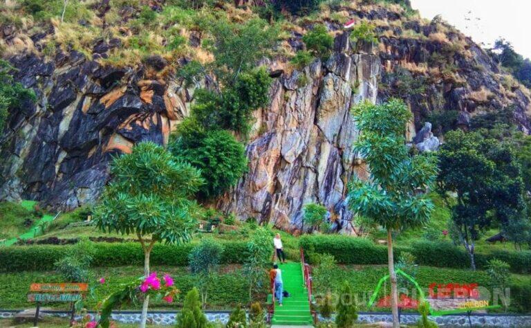 Batu Lawang, Suguhkan Wisata Alam dan Bebatuan yang Menarik Untuk Diabadikan 