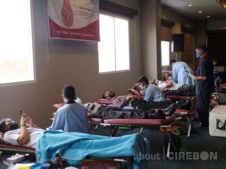 Bantu Persediaan Darah, Aston Cirebon Hotel Rutin Gelar Donor Darah