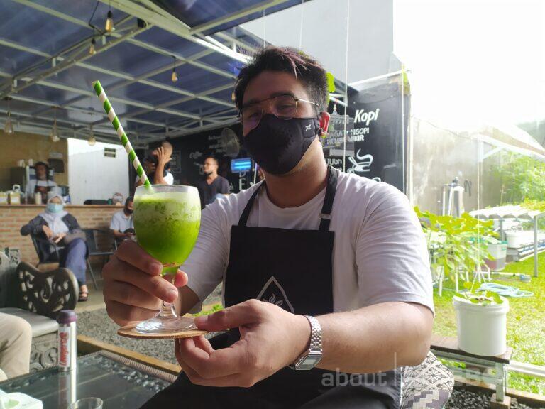 Usung Konsep Kebun Hidroponik, Green House Kopi Tawarkan Minuman Sehat