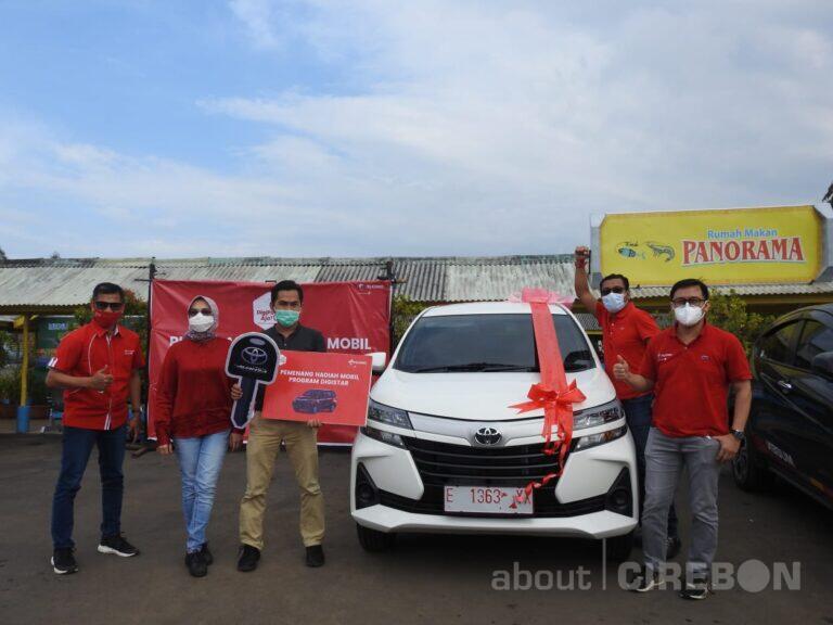 Mitra Outlet di Indramayu Dapat Mobil dari Program Digistar 2020 Telkomsel