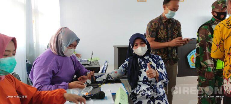 Puskesmas Bunder Vaksin 65 Orang Guru dan Staf di SMAN 1 Susukan