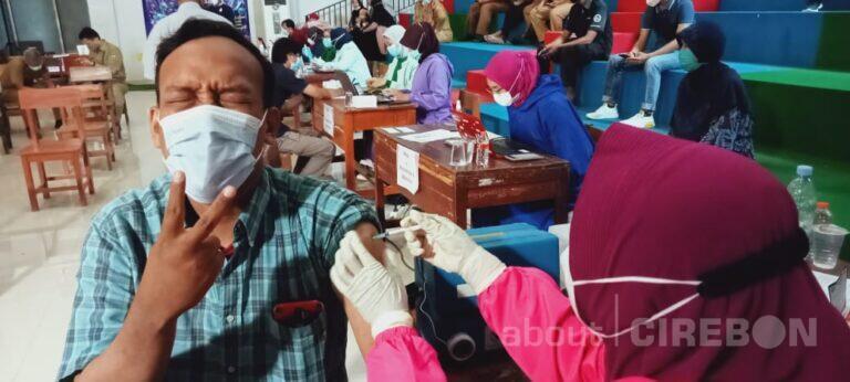 Wartawan  di Kota Cirebon Jalanin Vaksinasi Dosis Kedua