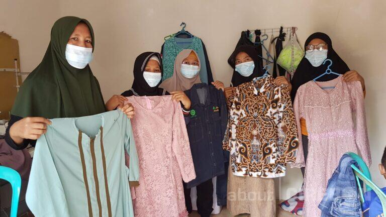 Proyek Cirebon Power Datangkan Rezeki Bagi Penjahit