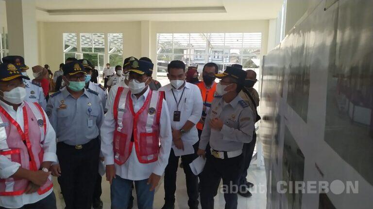 Menhub Tinjau Pembangunan Gedung Pelayanan Baru di Terminal Harjamukti