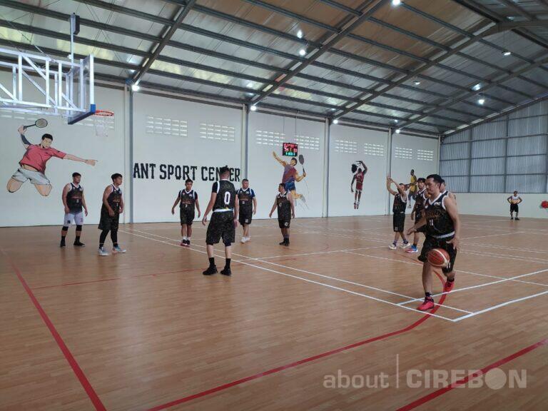 ANT Sport Center Cirebon Hadirkan Lapangan Futsal, Basket dan Bulutangkis  