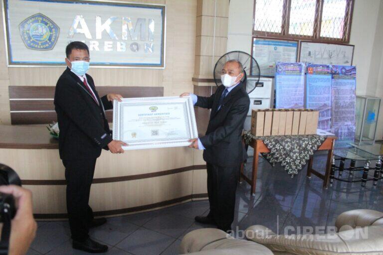 AKMI Suaka Bahari Cirebon Raih Akreditasi Baik Sekali