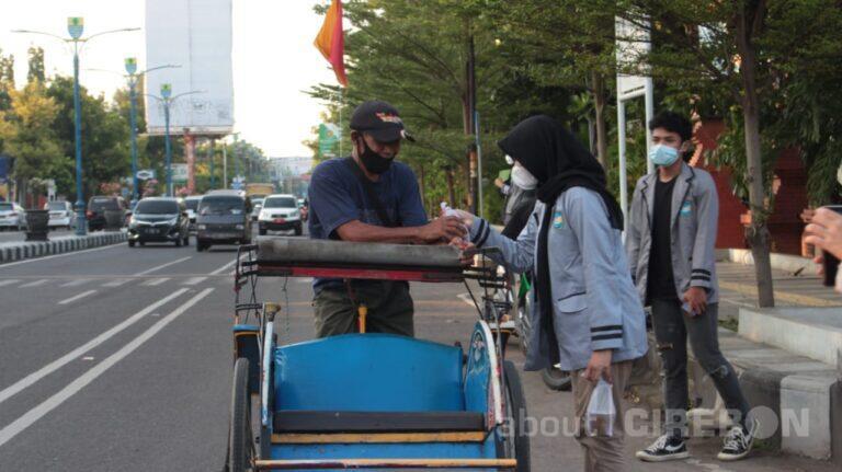 OSIS SMAN 6 Kota Cirebon Gelar Kegiatan Ramadan Berbagi Takjil Setiap Jumat