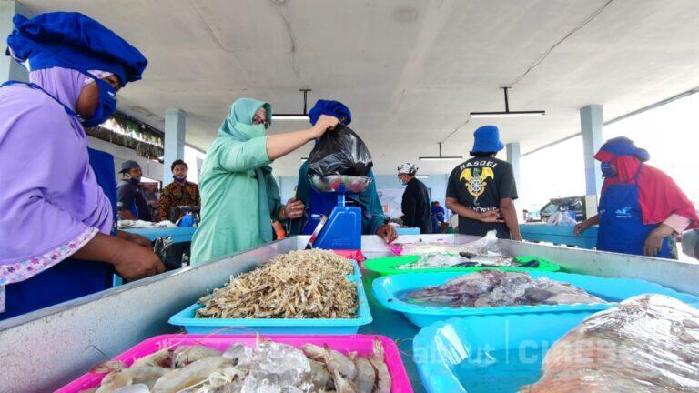 Pertama di Mundu, Pasar Ikan Selo Pengantin Resmi Dibuka