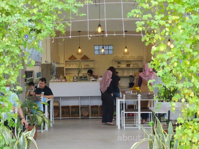 Blooma Farm & Cafe, Tawarkan Konsep Cafe dan Perkebunan Organik & Hidroponik di Tengah Kota