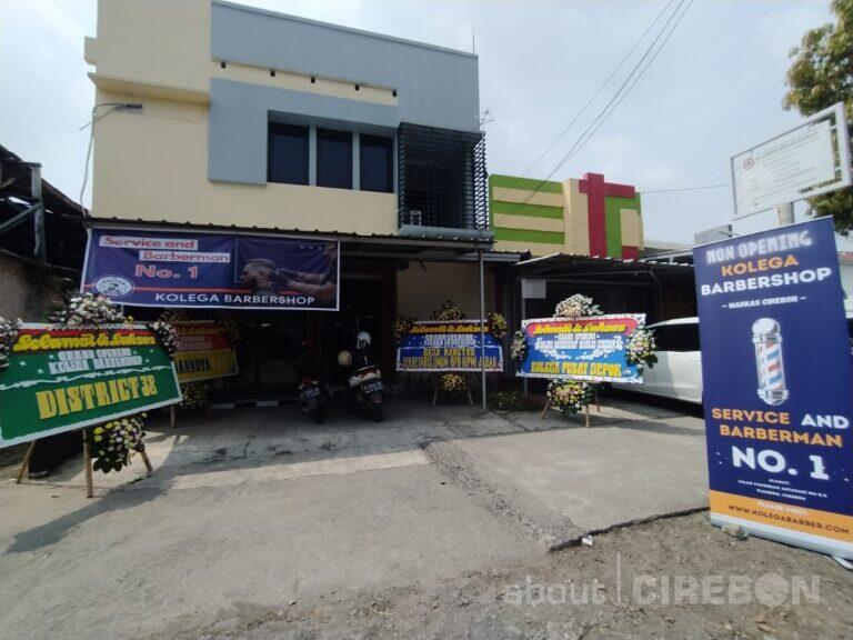 Kolega Barbershop Dengan Service dan Barberman No. 1 Kini Hadir di Cirebon 
