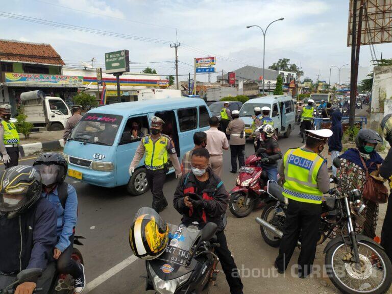 Pra Pengetatan Mudik, Satlantas Polres Cirebon Kota Putar Balik Pemudik di Kedawung