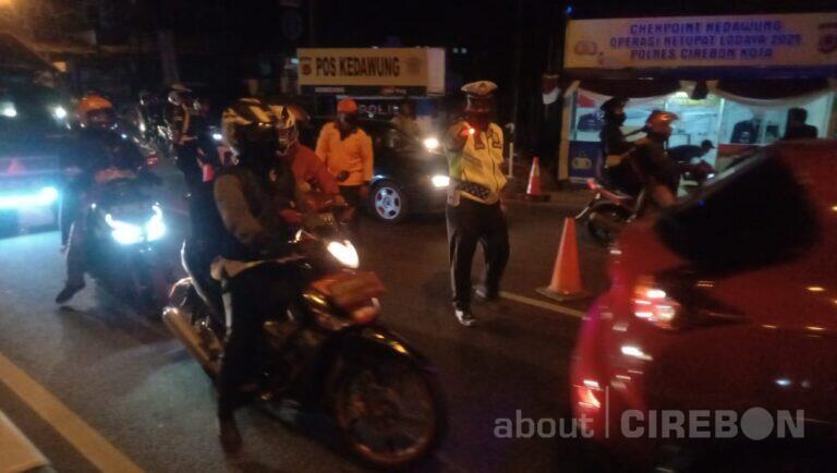 Larangan Mudik Dimulai, Satlantas Polres Cirebon Kota Putar Balik Pemudik