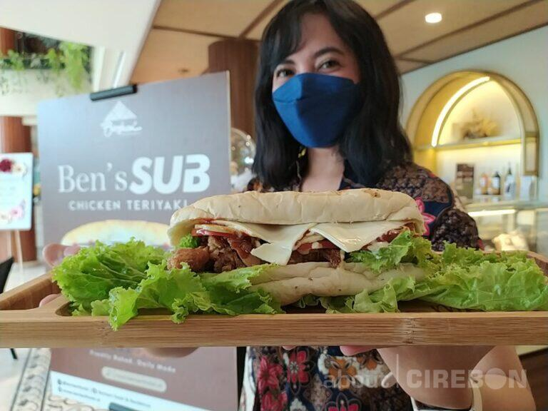 Bentani Hotel Cirebon Buka Outlet Ben Deli, Tawarkan Aneka Sandwich dan Bread