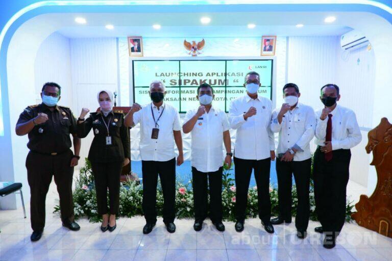 Kejari Kota Cirebon Luncurkan Aplikasi Sistem Pendampingan Hukum