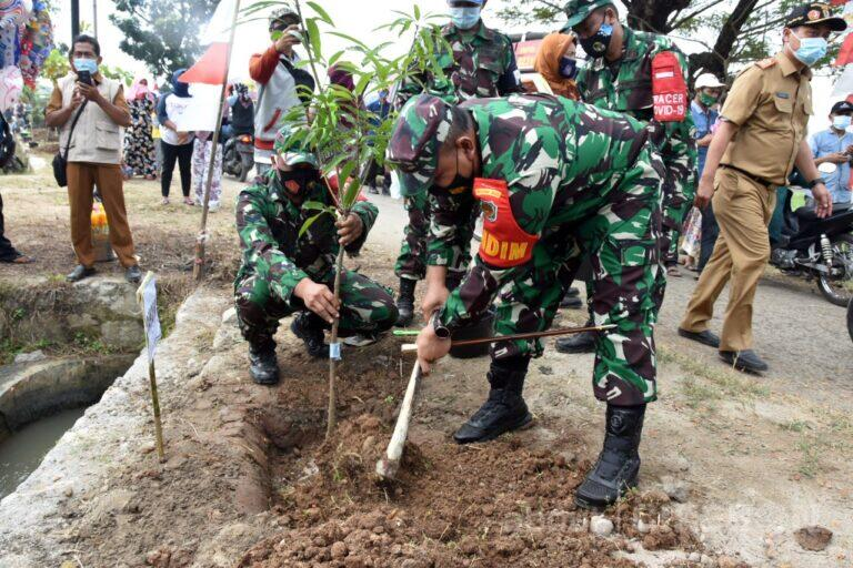 Kodim 0620/Kabupaten Cirebon Gelar TMMD Imbangan di Desa Dompyong Kulon