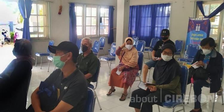 Kota Cirebon Masuk Tiga Besar di Jawa Barat terkait Total Vaksinasi