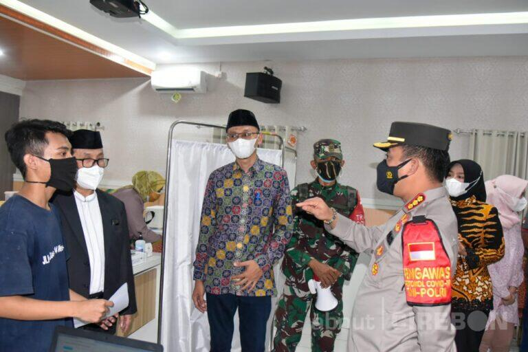 Polresta Cirebon Gelar Vaksinasi Massal di 53 Titik