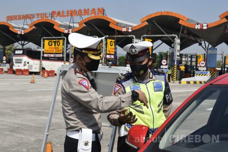 Antisipasi Libur Iduladha, Polresta Cirebon Gelar Penyekatan Jalur Tol dan Non Tol