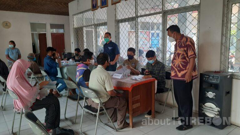 1372 KPM di Kecamatan Suranenggala Terima Bantuan Sosial Tunai