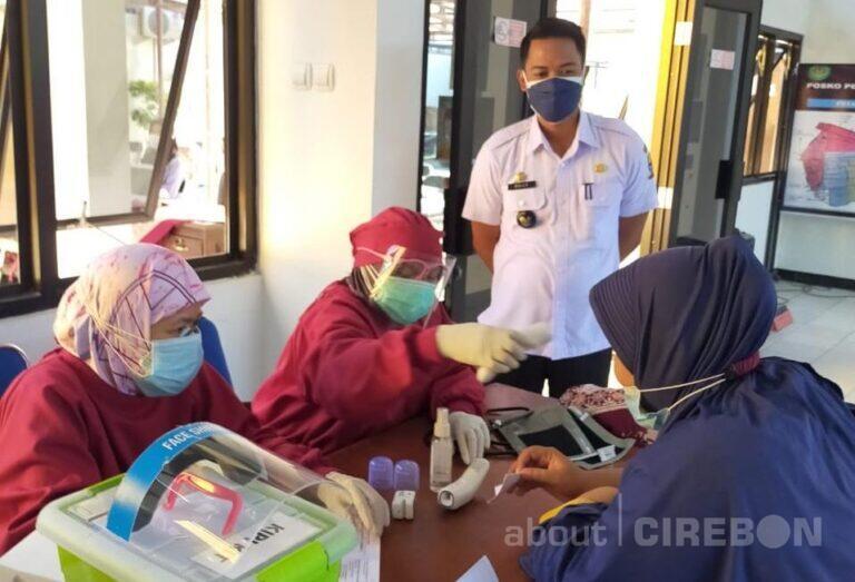 Kelurahan Kesenden Kota Cirebon Gelar Vaksinasi, Sasar Usia 12 Tahun