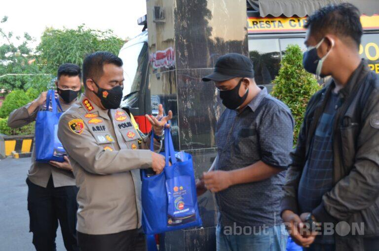 Kapolresta Cirebon Ajak Jurnalis Sosialisasikan Protokol Kesehatan