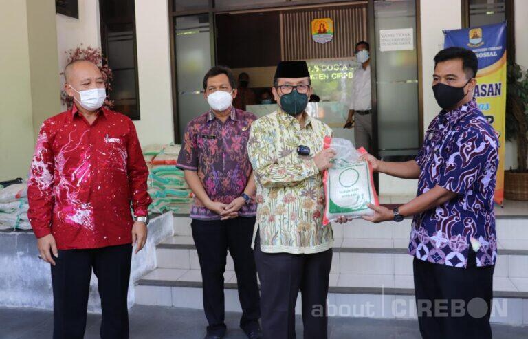 2,4 Juta Kilogram Beras, Disalurkan Untuk Warga Kabupaten Cirebon