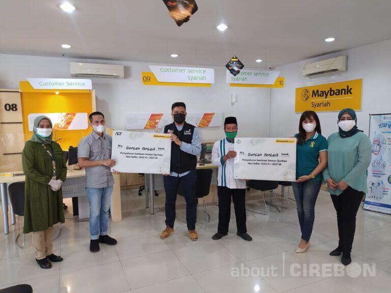 Maybank KCS Cirebon Salurkan Bantuan Hewan Qurban ke At-Taqwa dan ACT Cirebon