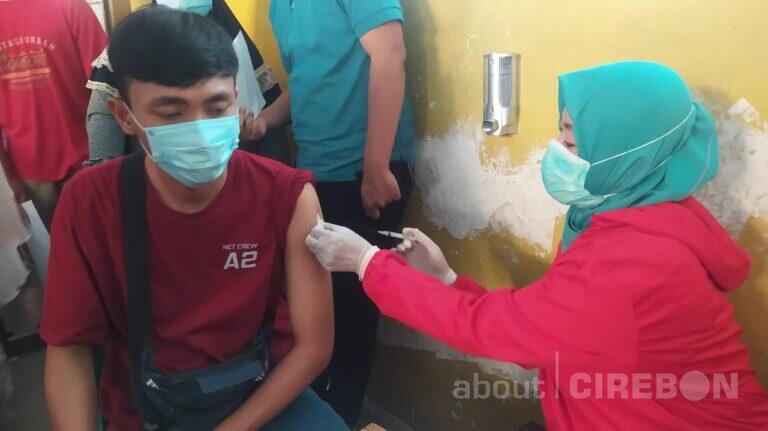 Vaksinasi di Kota Cirebon untuk Usia Remaja 12-17 Tahun Mulai Dilakukan