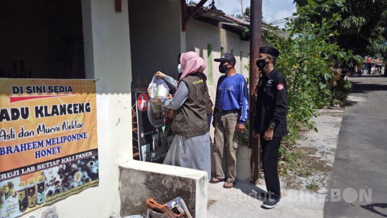 ACT Cirebon Bersama Relawan dan Jabar Bergerak Bantu Warga yan Terdampak PPKM Darurat
