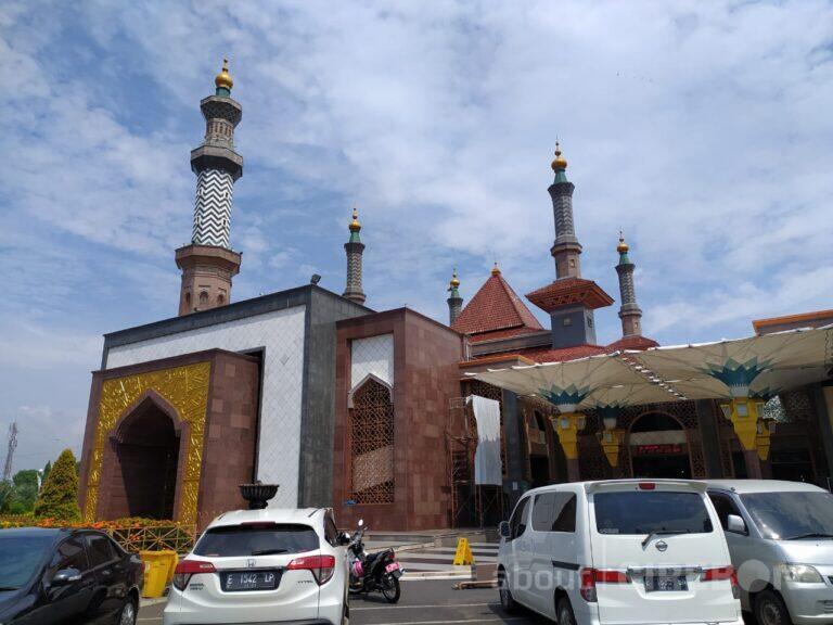PPKM Darurat, Unit Kegiatan di Masjid Raya At-Taqwa Diliburkan Sementara 