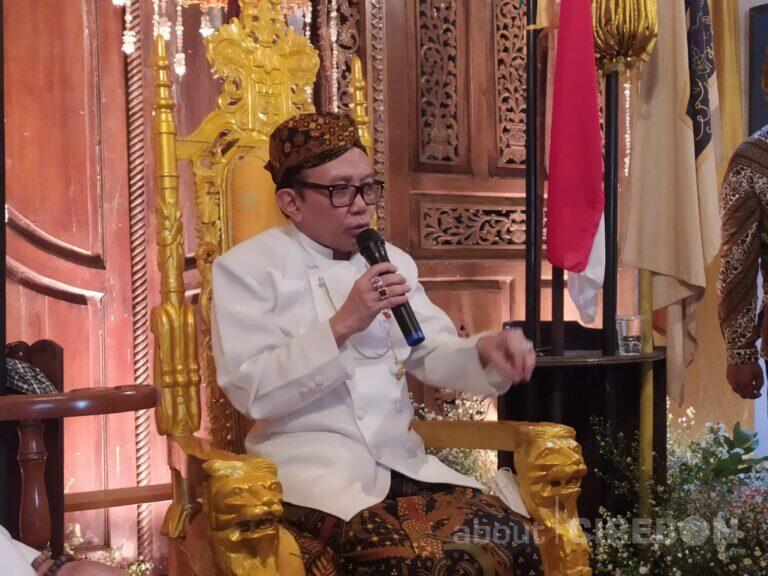 Raden Rahardjo Djalil Dinobatkan Sebagai Sultan Sepuh Aloeda II