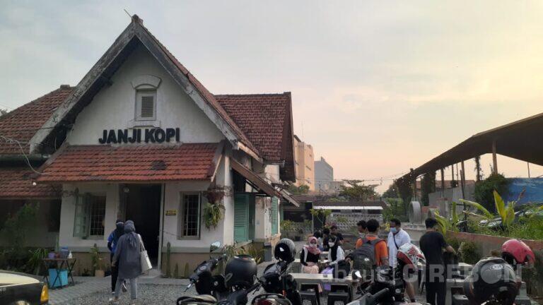 Janji Kopi Menghadirkan Suasana Ngopi Ala Rumahan Tempo Dulu