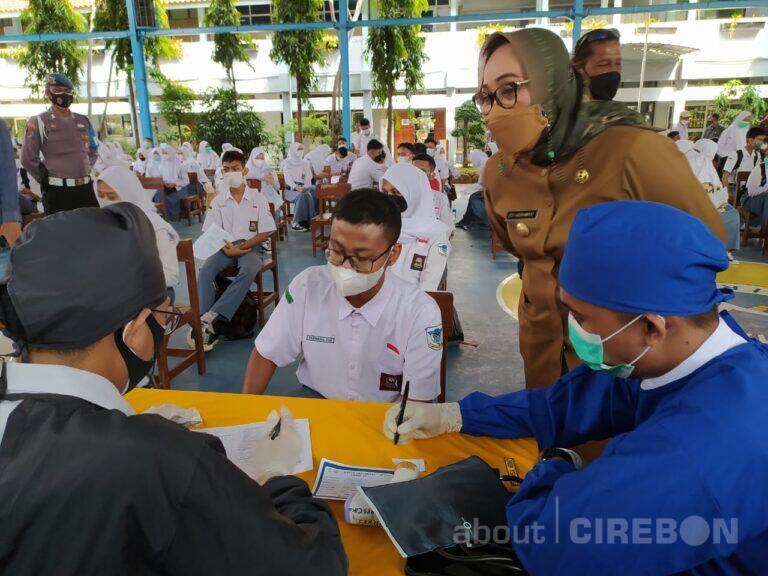 Pemda Kota Cirebon Dorong Vaksinasi Covid-19 untuk Pelajar dalam Persiapan Pembelajaran Tatap Muka