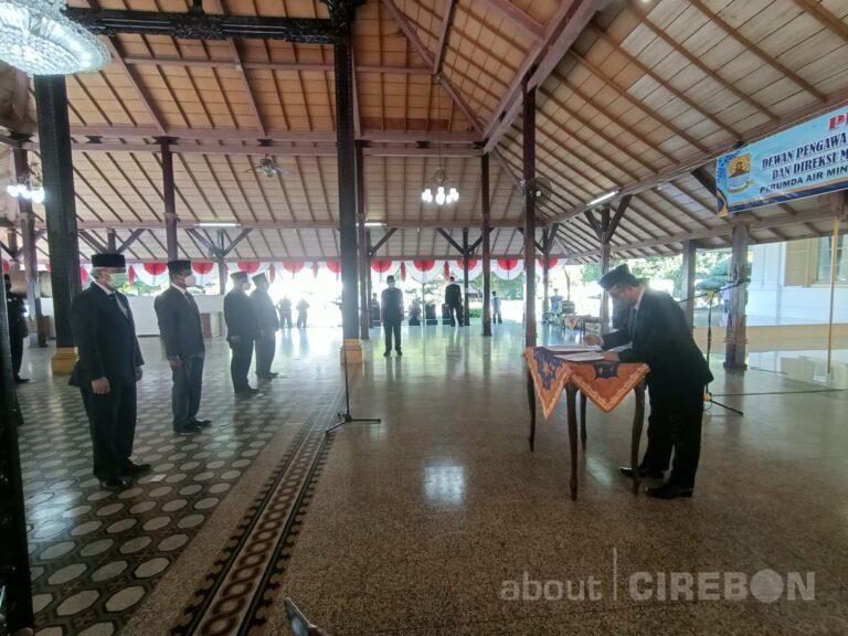 Bupati Cirebon Lantik Dewan Pengawas dan Direksi Perumda Air Minum Tirta Jati