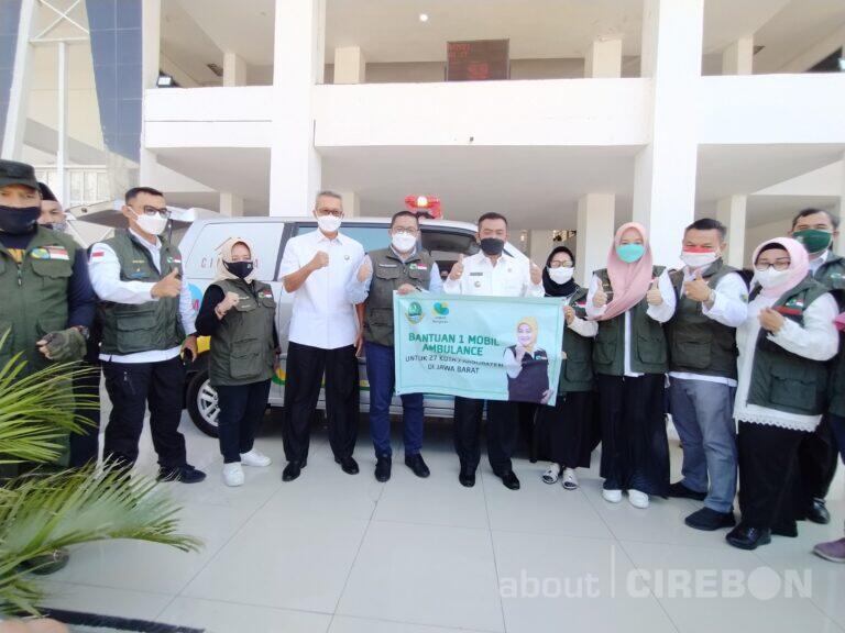 Jabar Bergerak Kota Cirebon Terima Bantuan Mobil Ambulans