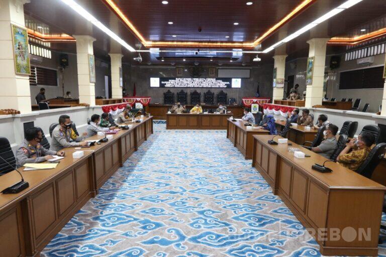Hasil Rapat DPRD, Wali Kota Cirebon dan Kapolres Cirebon Kota , Ganjil – Genap Diuji Coba Dulu dan akan Dievaluasi