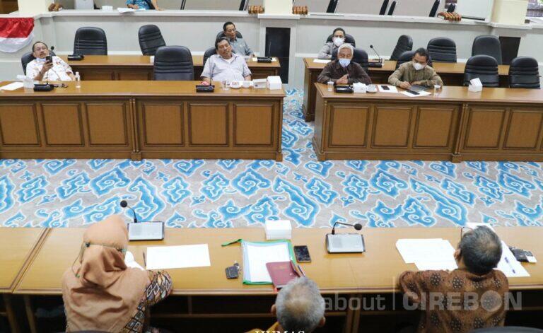 Komisi II DPRD : Rutilahu, Penambahan Pasukan Biru dan Kawasan Kumuh Jadi Program Prioritas