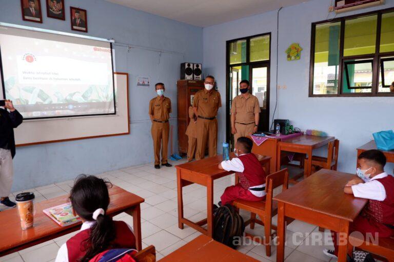Hari Pertama PTM di Kota Cirebon, Pola Pembelajaran Diatur Sekolah Masing-masing