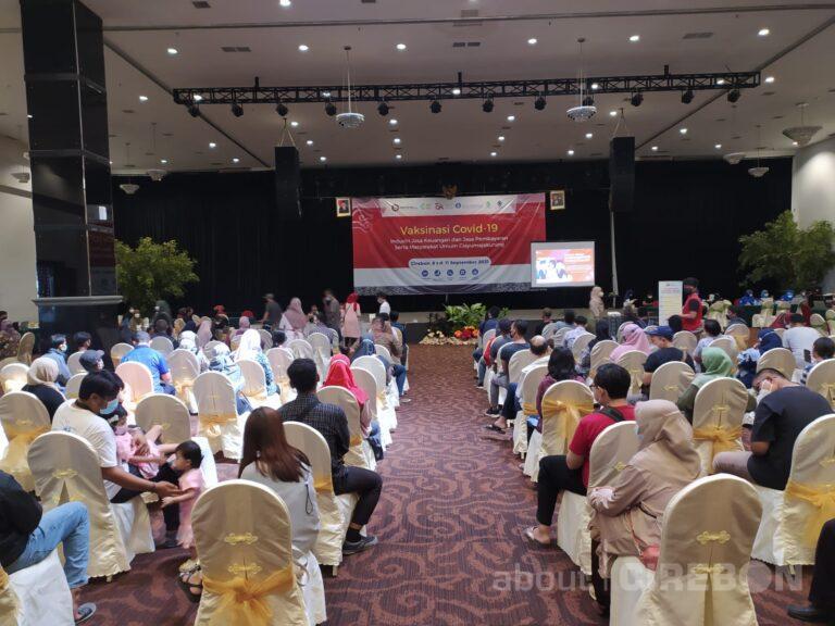 Kantor OJK Cirebon Gelar Vaksinasi Dosis Kedua